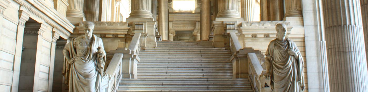 Palais de Justice - escalier